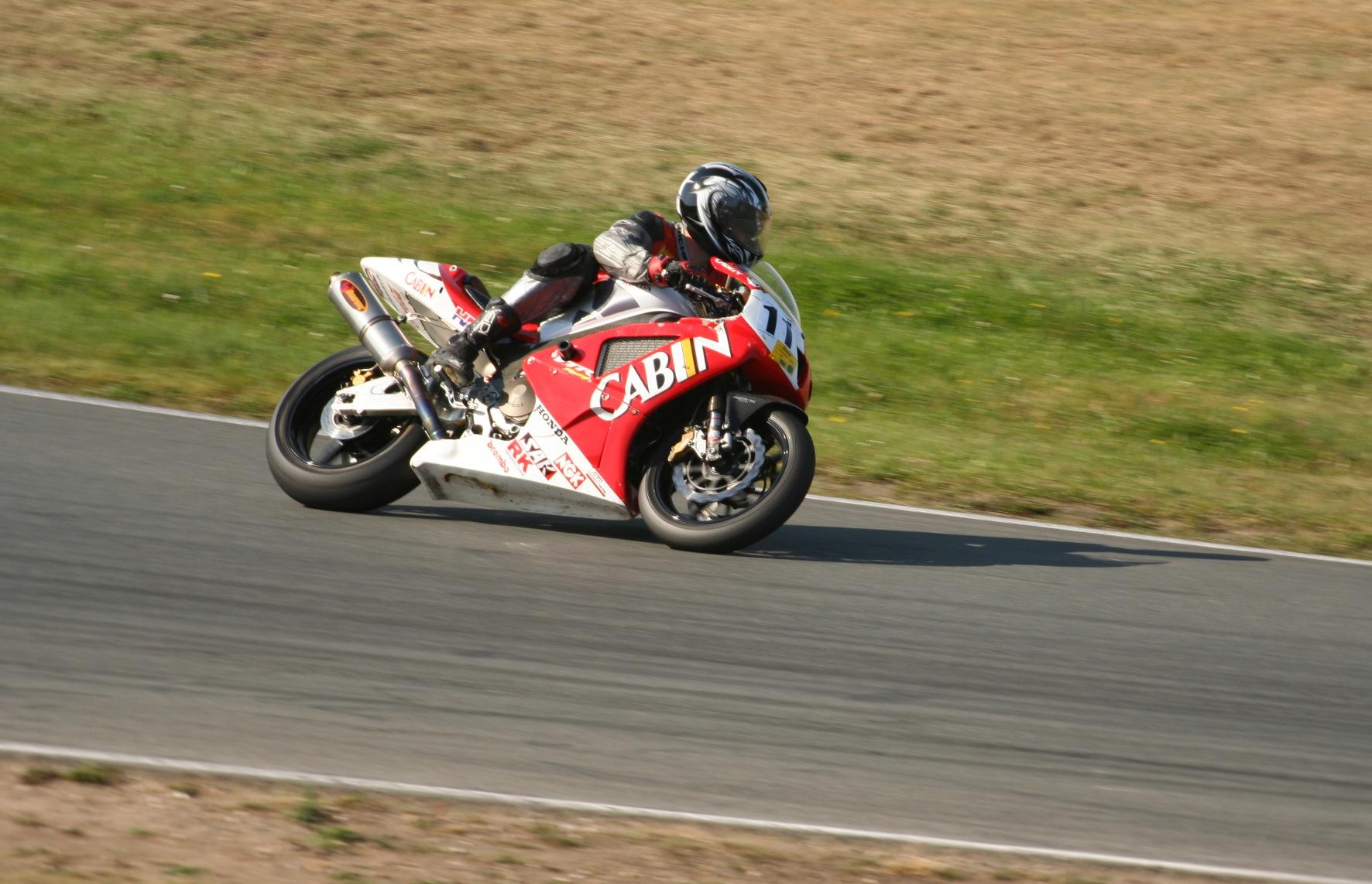 http://www.xs4all.nl/~nsie/bike/2009/Ossie/IMG_9390.JPG